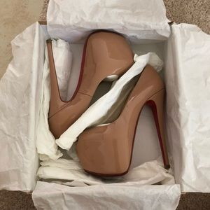 HIGHNESS- CHRISTIAN LOUBOUTIN (AUTHENTIC)